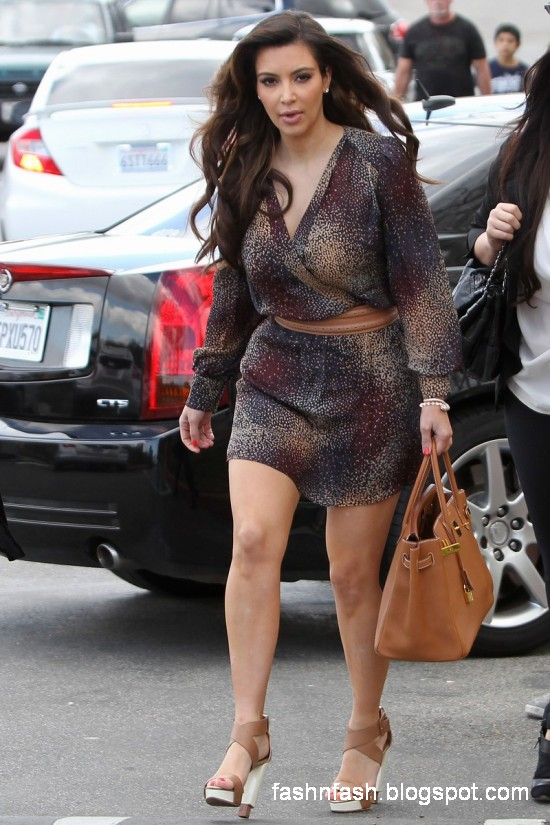 Fashion Fok Kim Kardashian New Latest Dresss Wear Pictures Photoshoot