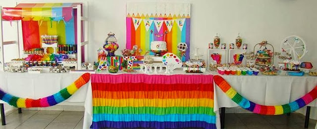 Fiestas Infantiles Con Mesa Dulce Decorada Con Guirnaldas De Colores - Guirnaldas-para-fiestas-infantiles
