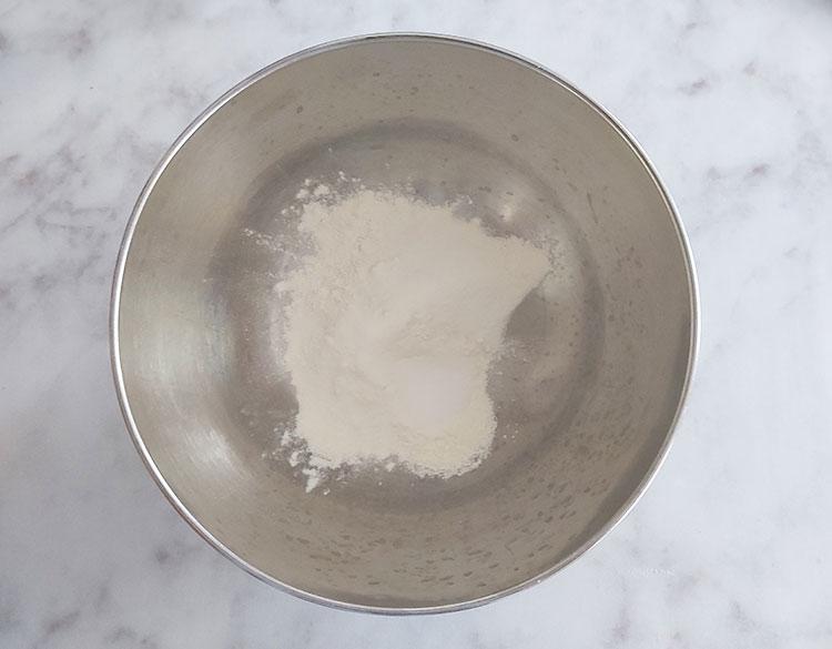 Pâte à crêpes : ingrédients secs