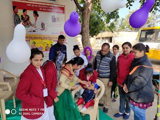 पल्स पोलियो अभियान के अंतर्गत 5 वर्ष से कम उम्र के बच्चों को दवाई पिलाई