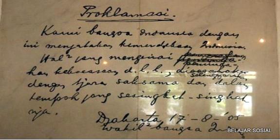 teks proklamasi kemerdekaan bangsa Indonesia asli