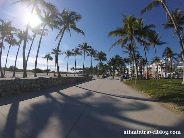 https://1.bp.blogspot.com/-QVB4meF-Nrw/WlKWaJl-8AI/AAAAAAAAJbI/Kwp-E63kwj0hnLeLLLWjap3XQj2GJS7-gCLcBGAs/s640/miami-beach-by-bike-001.jpg