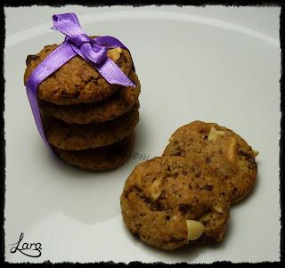 http://cucinaconlara.blogspot.it/2018/04/biscotti-con-pezzi-di-cioccolata-e.html