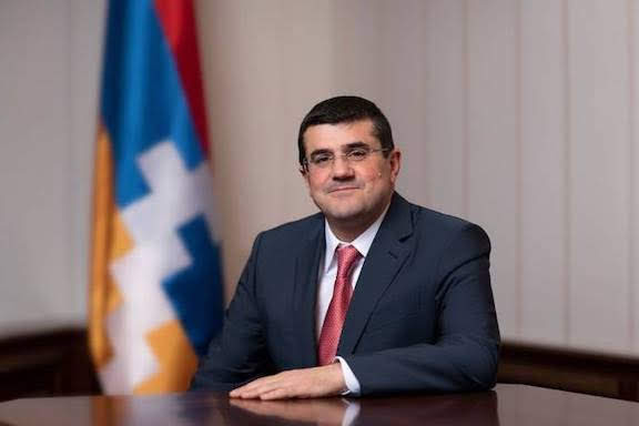 Harutyunyan: Aliyev hace declaraciones tragicómicas
