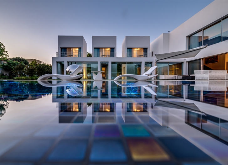 "Swimming pool in Modern Villa ""Cubes"" In Tel Aviv"