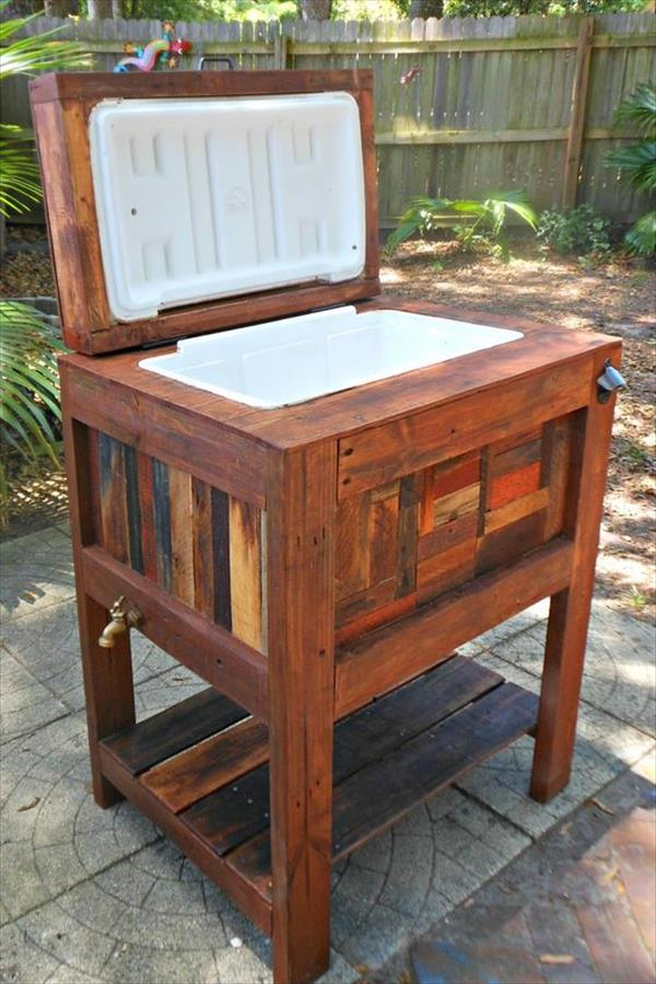 Thousands of recycled pallet furniture ideas pallet for Wooden beer cooler plans