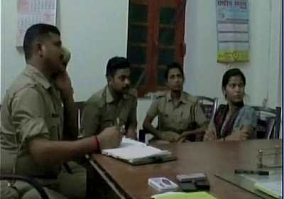 Indian girl abducts her ex at gunpoint during his wedding to new lover