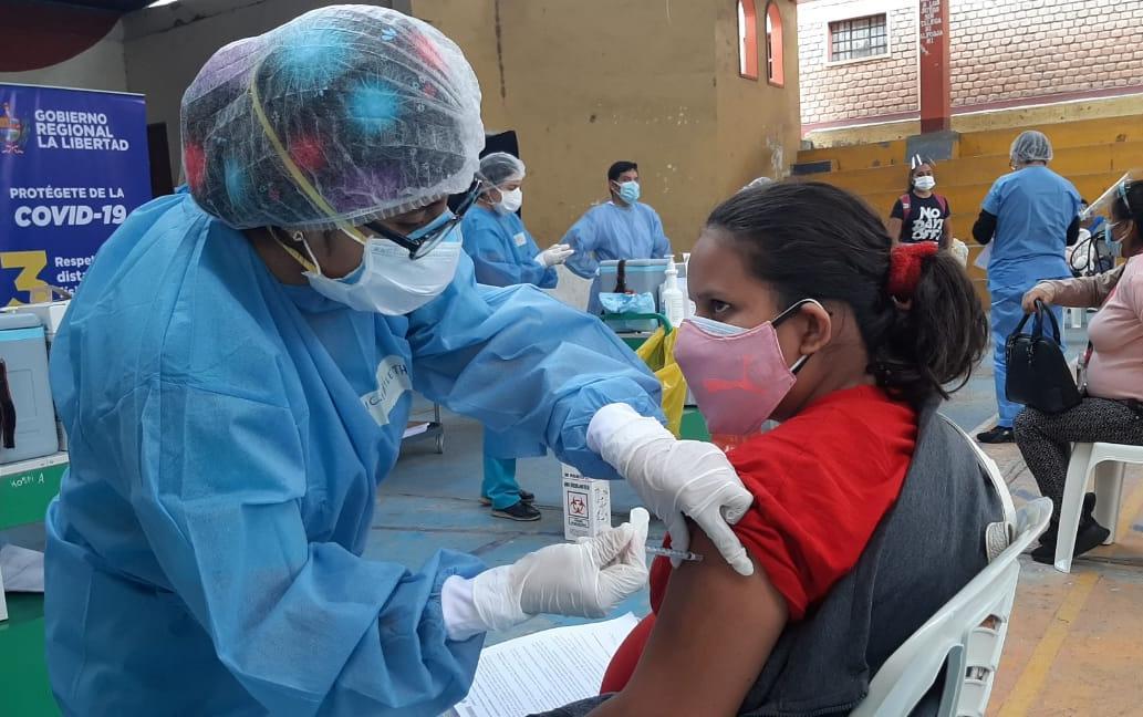 Vacunación en La Libertad