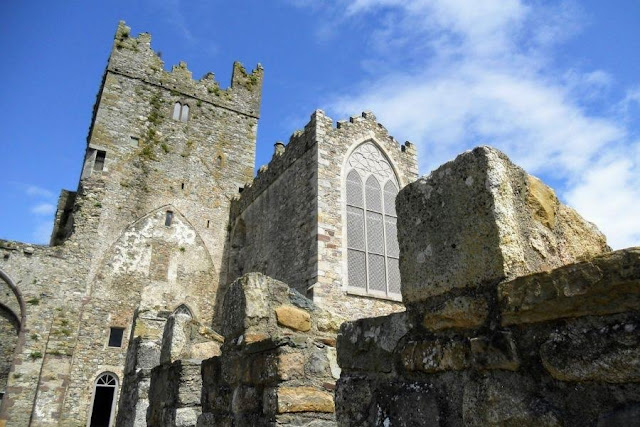 Waterford to Wexford drive: Tintern Abbey