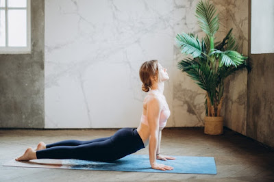 8 POWERFUL YOGA POSTURE FOR WEIGHT LOSS