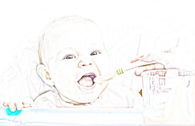 cara mengatasi bayi tersedak saat makan