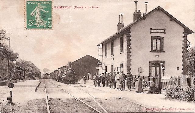 1881 et 1887 : des botanistes elbeuviens dans la vallée de l'Andelle - La gare de Radepont en 1905
