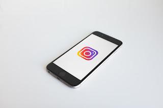 Cara Beralih Kamera pada Instagram Story di Android