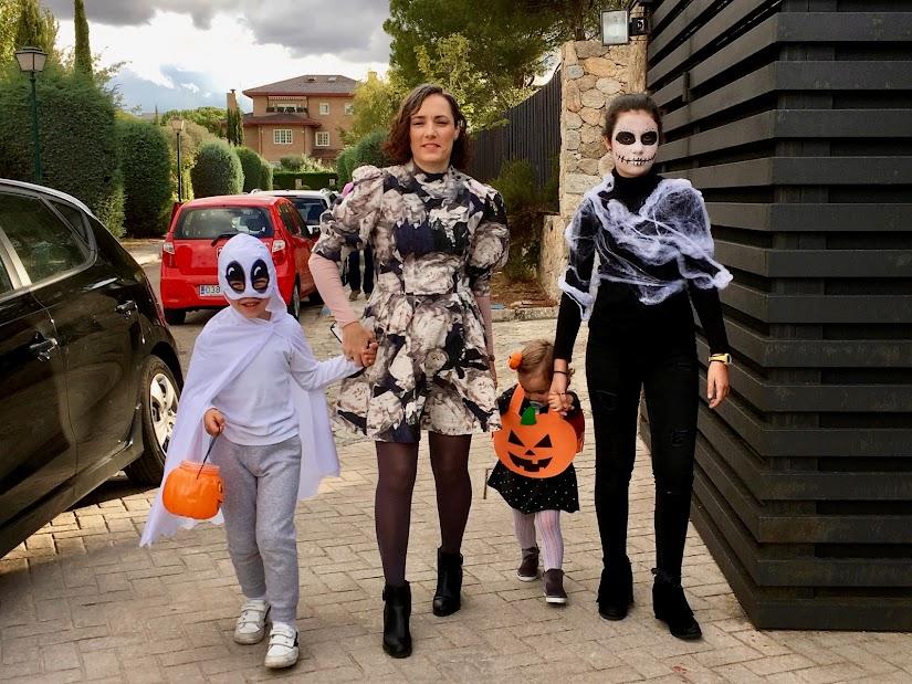 @Nosinmishijos de Halloween