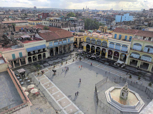 Cuba: The squares in Old Havana