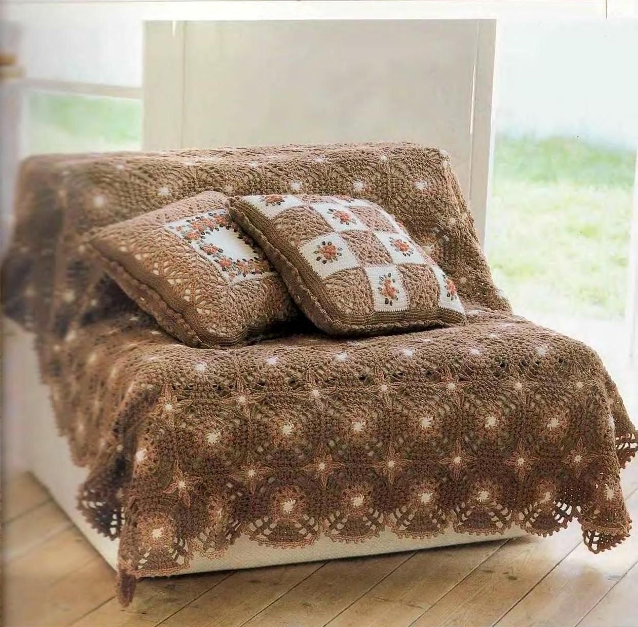 Mussambe manta para sof com almofadas em croch for Mantas para sofas