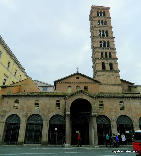 Fachada da Igreja de Santa Maria in Cosmedin, em Roma