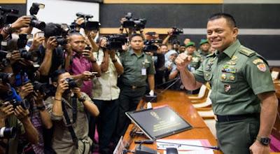 Panglima TNI, Jenderal Gatot Nurmantyo : ISIS telah Jadikan Agama sebagai Kedok Perebutan Sumber Energi Di Suriah - Commando