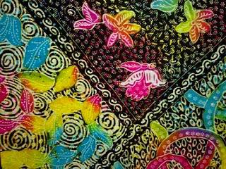 batik-souvenir-khas-madura.jpg
