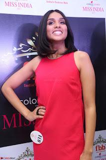 Spatika Surapaneni in Red Tight Dress at FBB Miss India 2017 finalists at Telangana auditions Feb 2017 (16).JPG