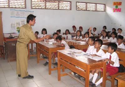Guru Mengajar Dua Mata Pelajaran Akan Mendapatkan Tunjangan Tambahan