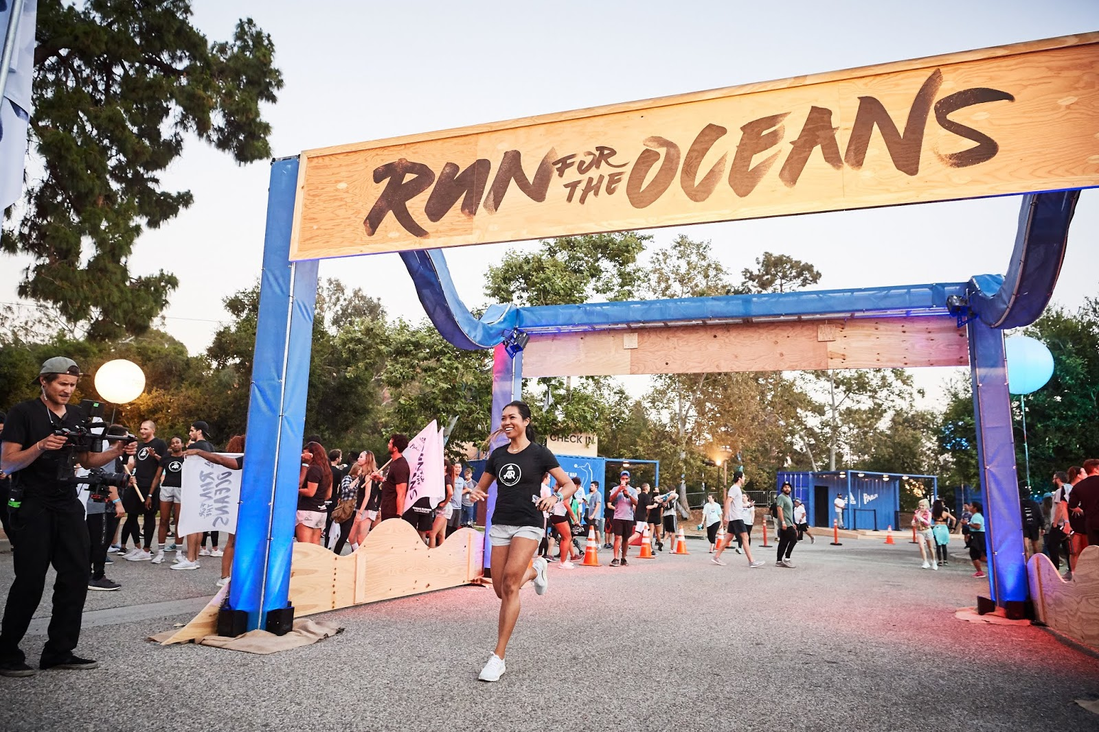 Run for the Oceans kicked off in Los Angeles this year in Temescal Gateway  Park on World Oceans Day 2018. This event brought together runners and ... 3a14b20b20517