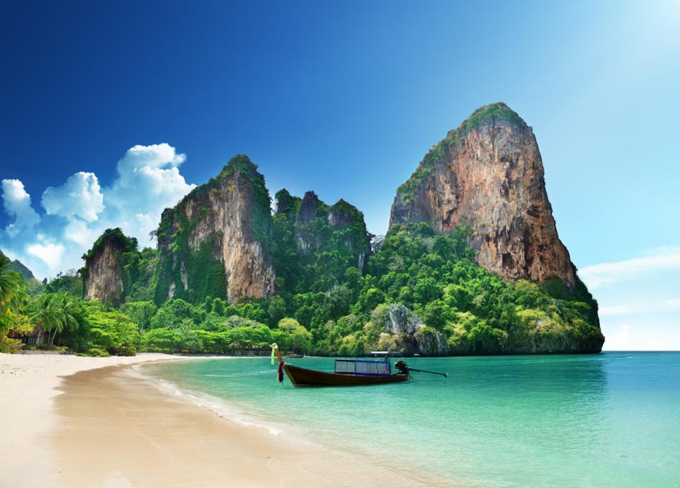 Top 10 Most Beautiful and Best Beaches In The World