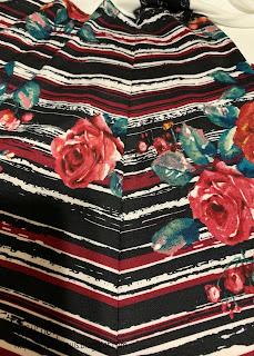 Stripe matching of side seam on tunic on sharon sews blog
