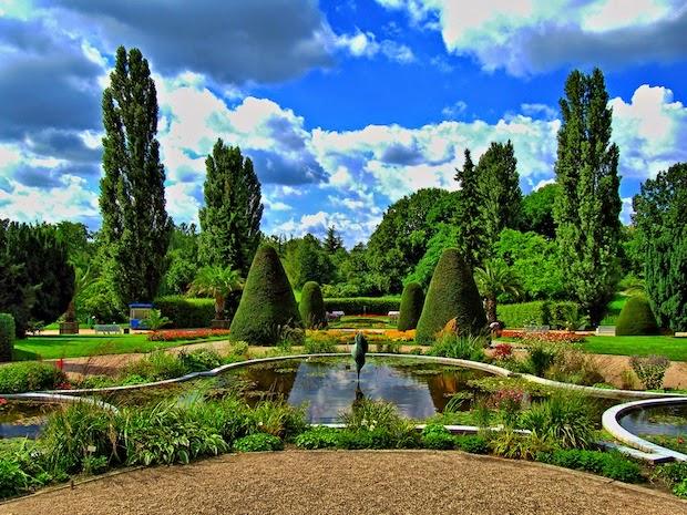 10 Inspirational Botanic Gardens | Botanischer Garten und Botanisches Museum, Germany