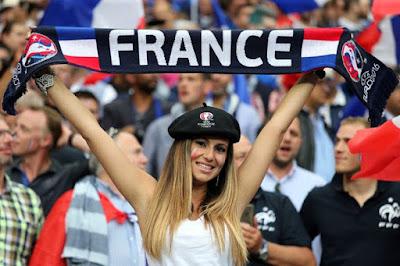 Supporter cewek cantik Perancis EURO '16