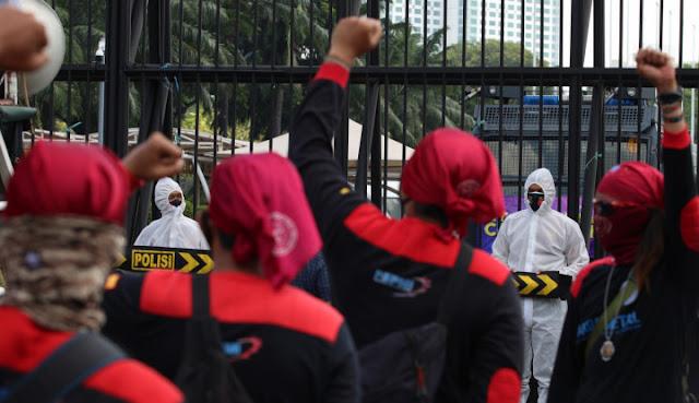 KSPI: DPR Resmi Khianati Rakyat!