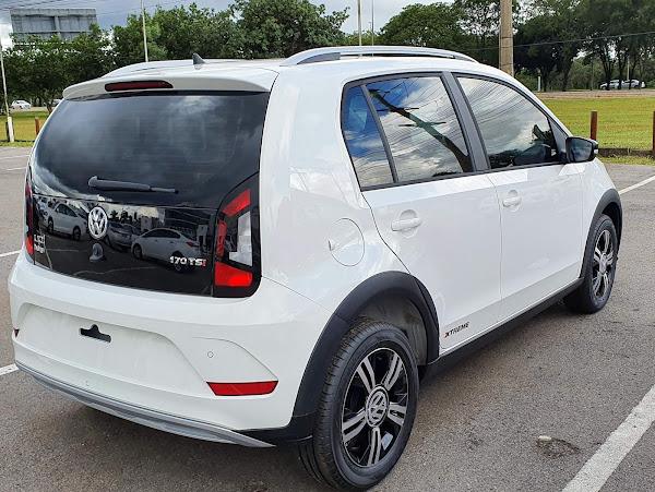 Volkswagen Up! TSI 2021 - fotos e vídeo