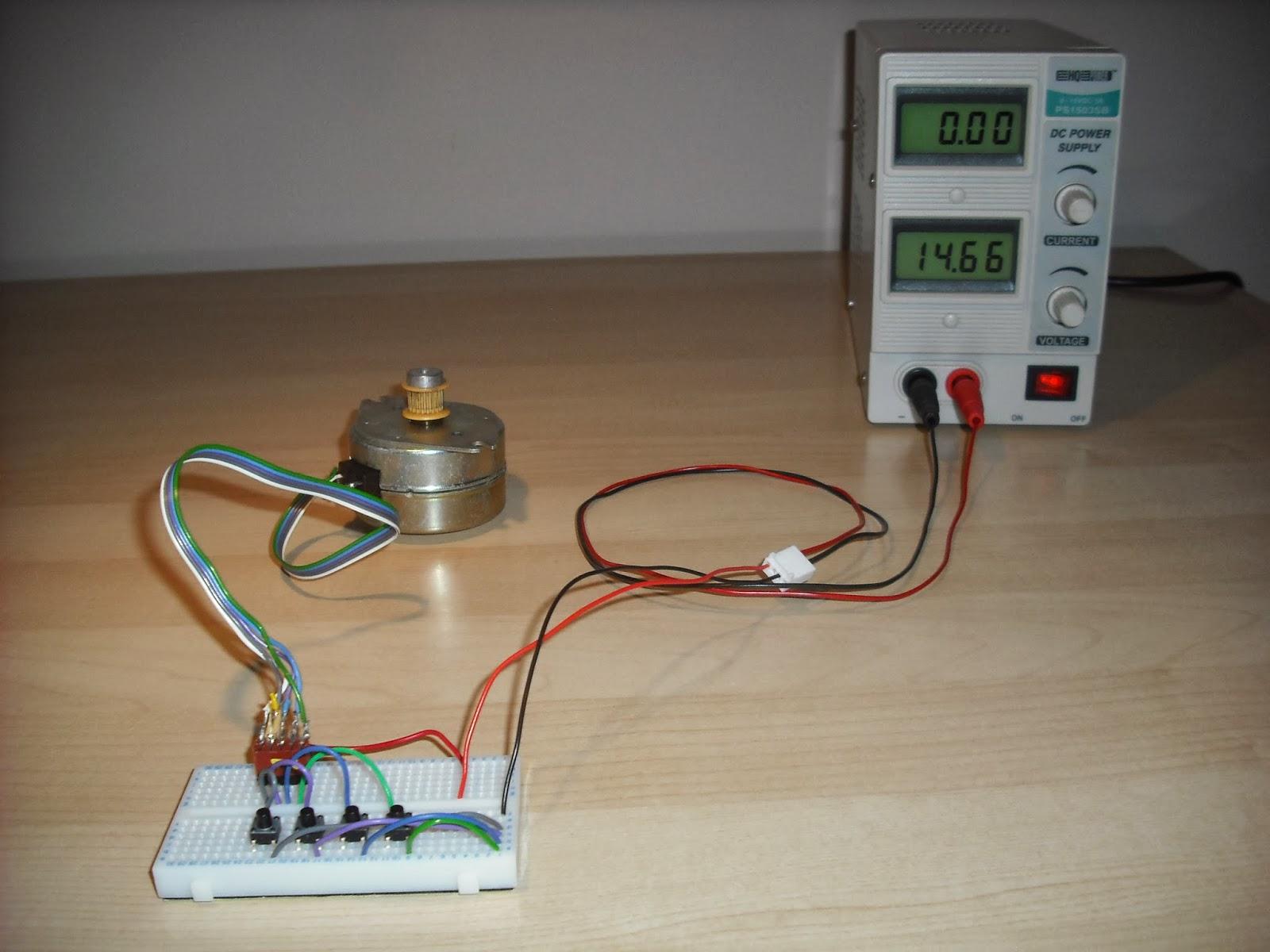 Armdroid 1 testing a stepper motor for Servo motor and stepper motor