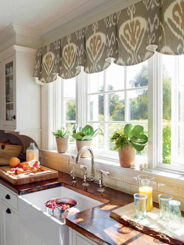 Curtains And Drapes Design Ideas For Bay Windows Sliding Glass Doors Living Room