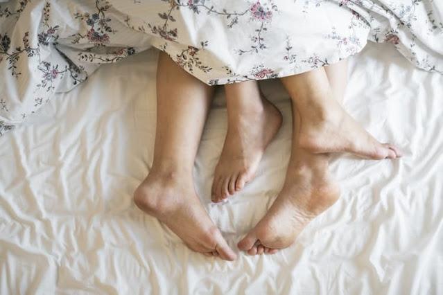 नए शोध के अनुसार पुरुषों के स्पर्म/वीर्य में भी सार्स-सीओवी-2 कोरोना वायरस की मौजूदगी का दावा
