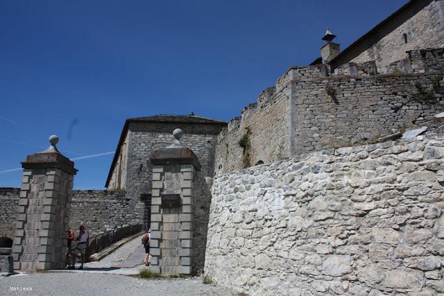 pont levis du  Fort Victor-Emmanuel en Savoie