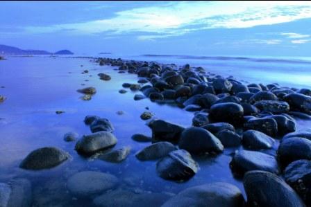 https://www.wisatain.com/2019/11/11-wisata-di-sumatera-barat-yang-wajib.html