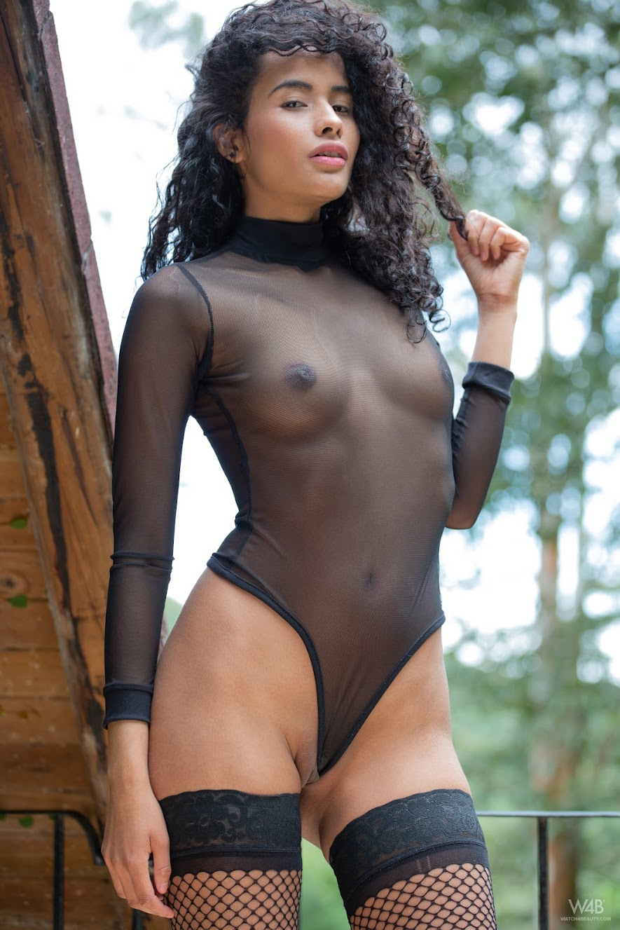[Watch4Beauty] Mia Nix - Girl In Black - idols