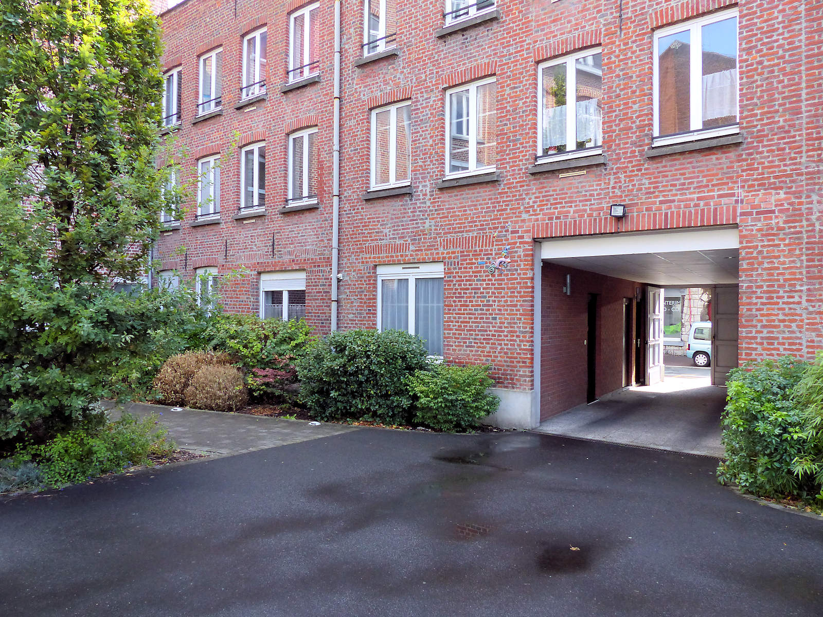 Centre pastoral Tourcoing - Cour