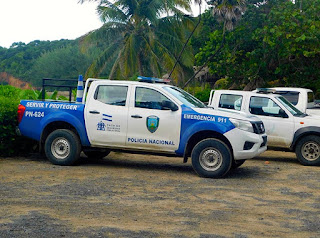 community outreach, public relations, policia nacional, good energy, gratitude, #payabay, #payabayresort,