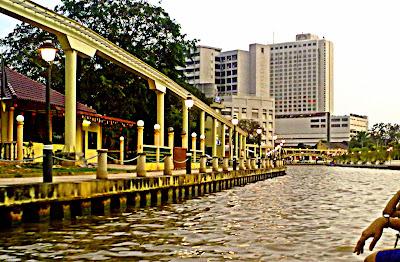 eksplorasi menyusuri sungai melaka-Melaka River Cruise