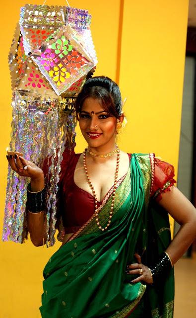 Tanisha Singh Photos
