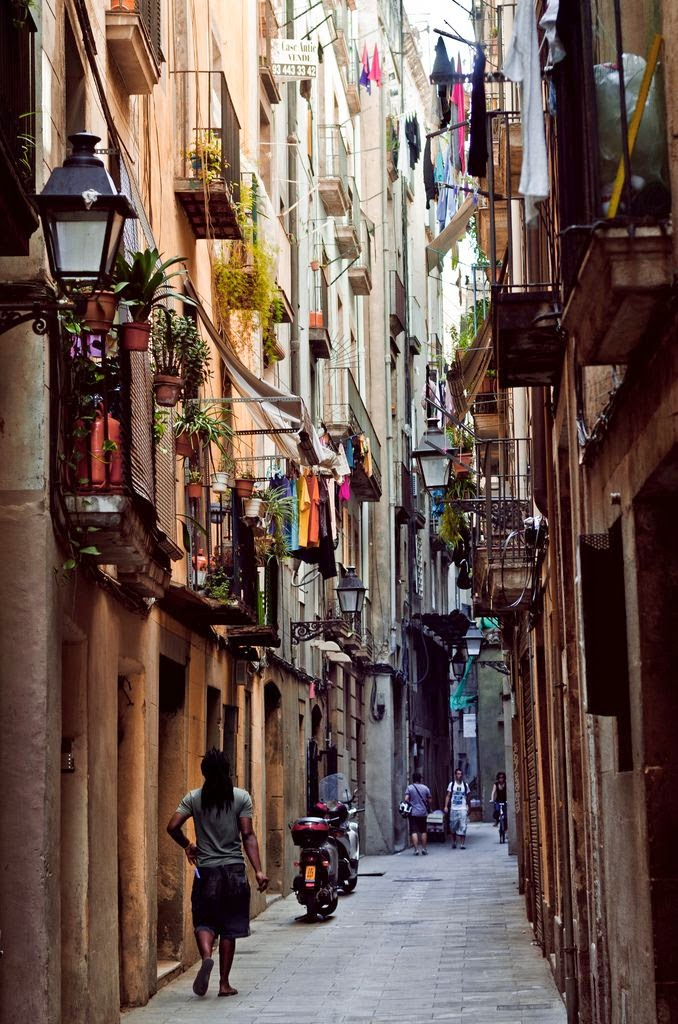 What is your traffic source? Will I get real traffic with real users?Old City of Barcelona