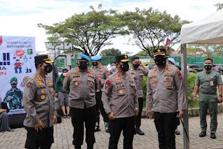 Kapolda Sulsel Tinjau Pelaksanaan Vaksinasi di Gerai Vaksin Presisi Dafest, Makassar
