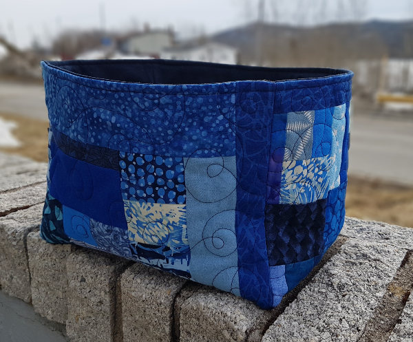 Blue scrap basket | DevotedQuilter.com