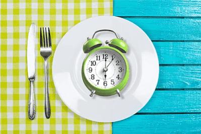 الصيام المتقطع وكيف يساعد على خسارة الوزن؟