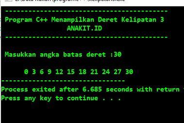program menampilkan deret kelipatan 3 dengan bahasa c++
