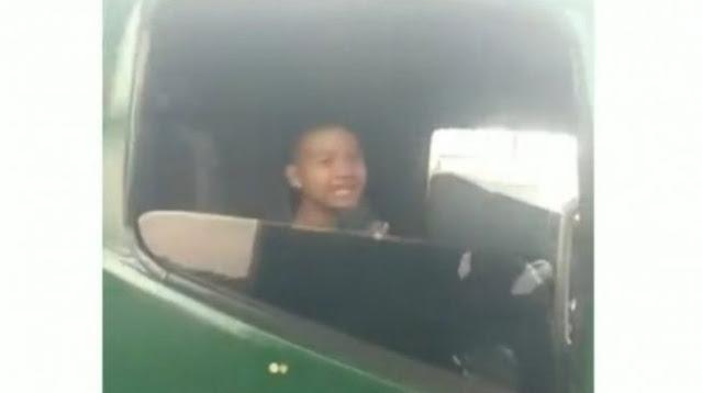 Viral, Bocah laki-laki berusia 12 tahun yang mengemudi Truk Kontainer