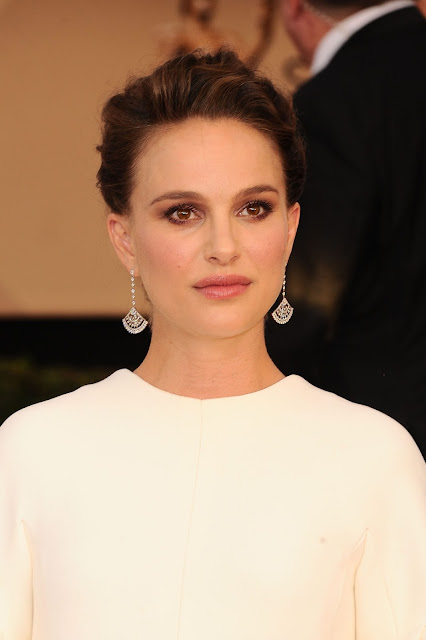Natalie Portman in Platinum at the 23rd Annual Screen Actors Guild Awards_Instar Images worldwide photo rights_expires January 29 2018