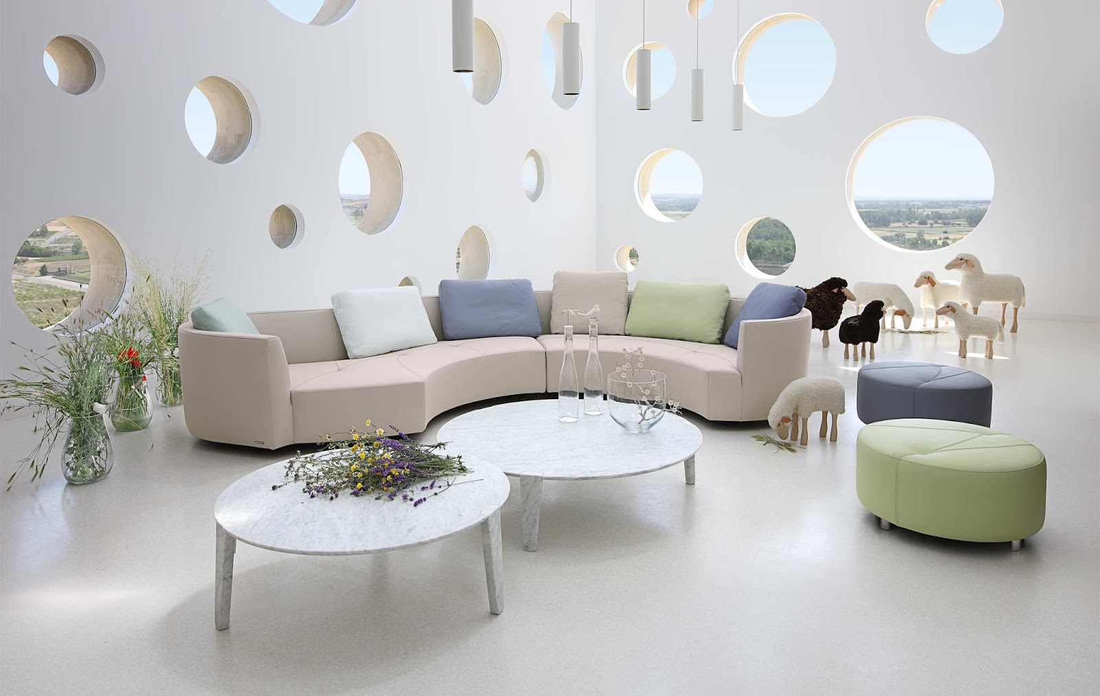 Darya girina interior design march 2015 - And Now I D Like To Show My Favourite Futuristic Sofas And Poufs By Baxter Roche Bobois Gufram Design And Marcel Wanders Contempo Tonin Nika Zupanc
